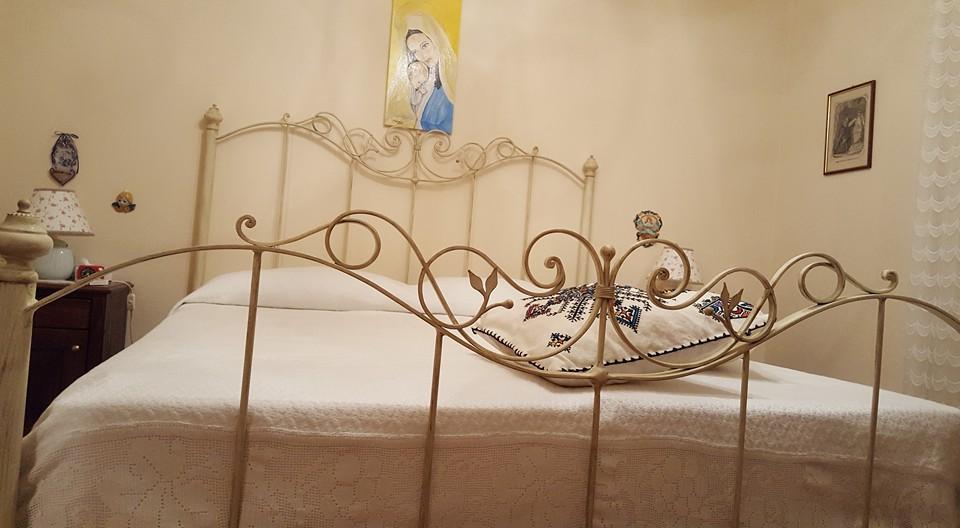 letto in ferro battuto fatto a mano