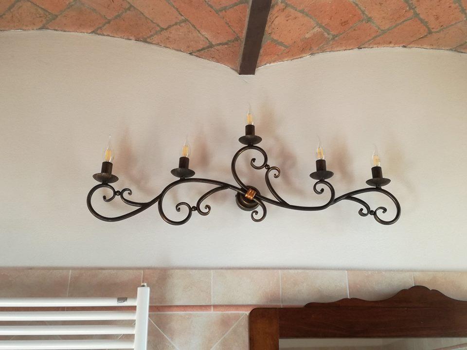 lampada per parete forgiato a mano