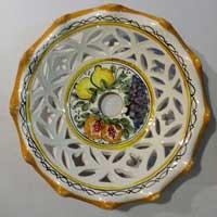 decoro n.18 piatto in ceramica artigianale