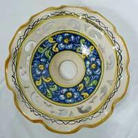 piatto in ceramica decorato a mano n.23