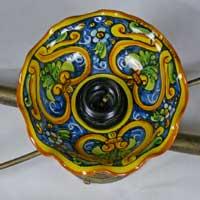 piatto in ceramica decorato a mano n.27