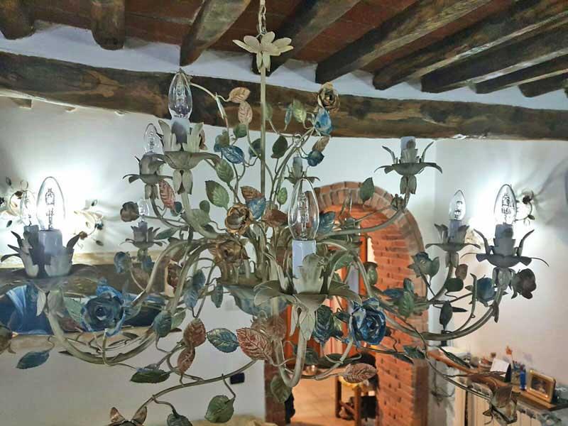 bellissimo lampadario con 9 luci decorato a mano